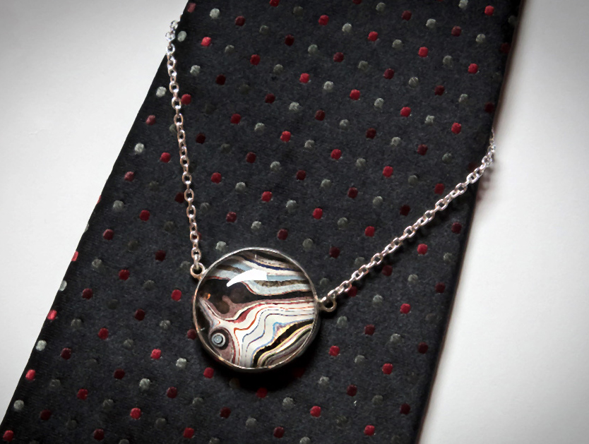 Men's tie chain Fordite